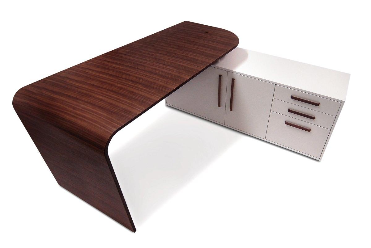 MC Desk Designed by David Watson